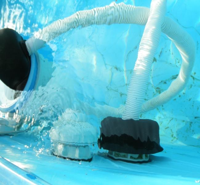 Gestire una piscinetta familiare - Aspirapolvere per piscina ...